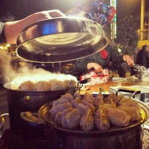 カボチャの蒸し餃子。